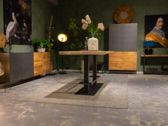 bartafel met voetsteun