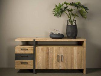 Stoer dressoir met laden