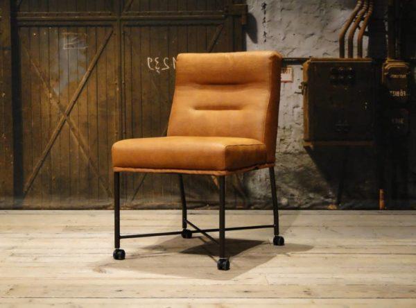 industriële stoel cognac