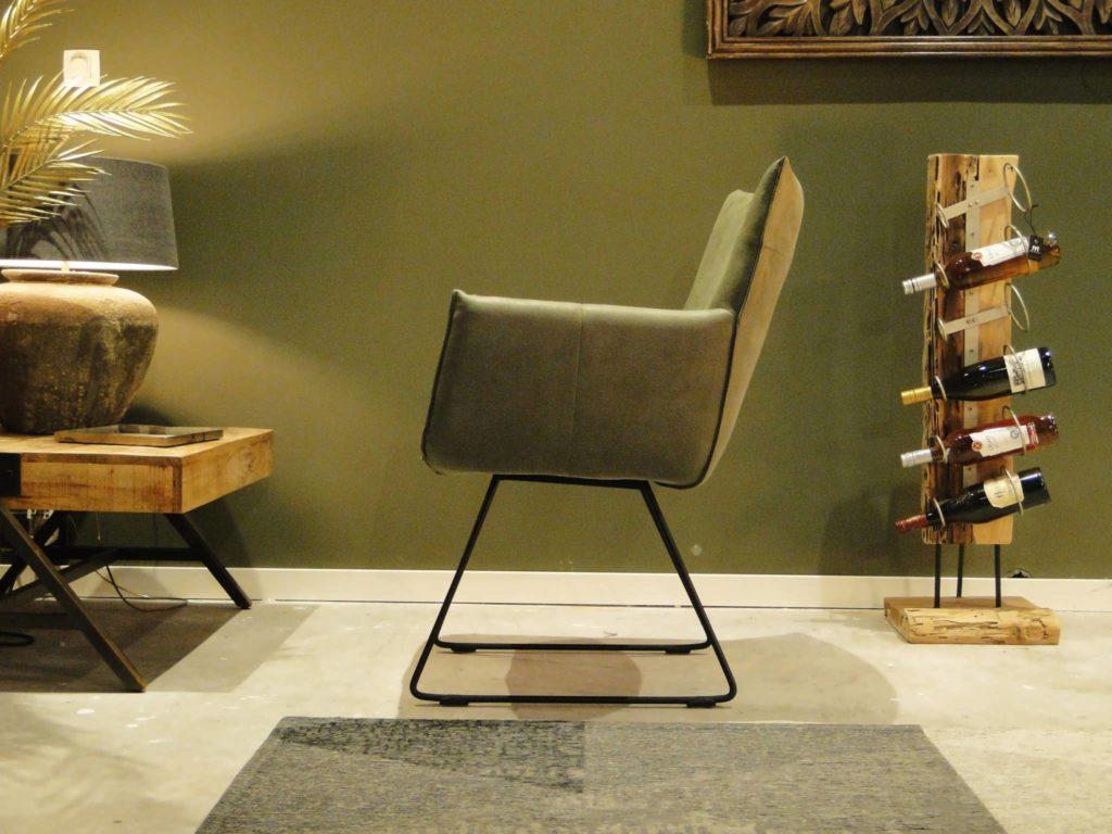 stoere groene stoel