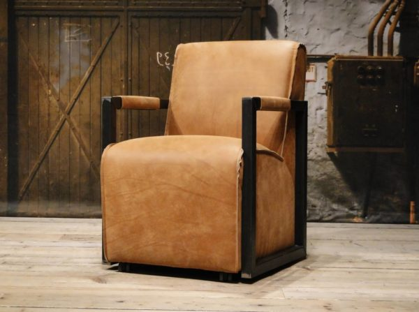 Cognac dining chair