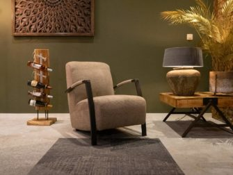 fauteuil met grove stof