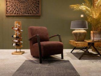 Rode stoffen fauteuil