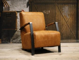 Cognac easy chair
