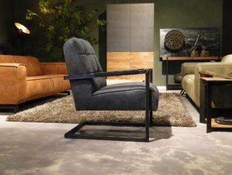 Blauwe industriele fauteuil