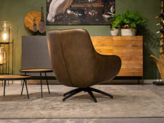 stijlvolle fauteuil bruin