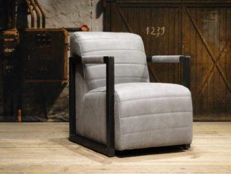 grijze industriele fauteuil