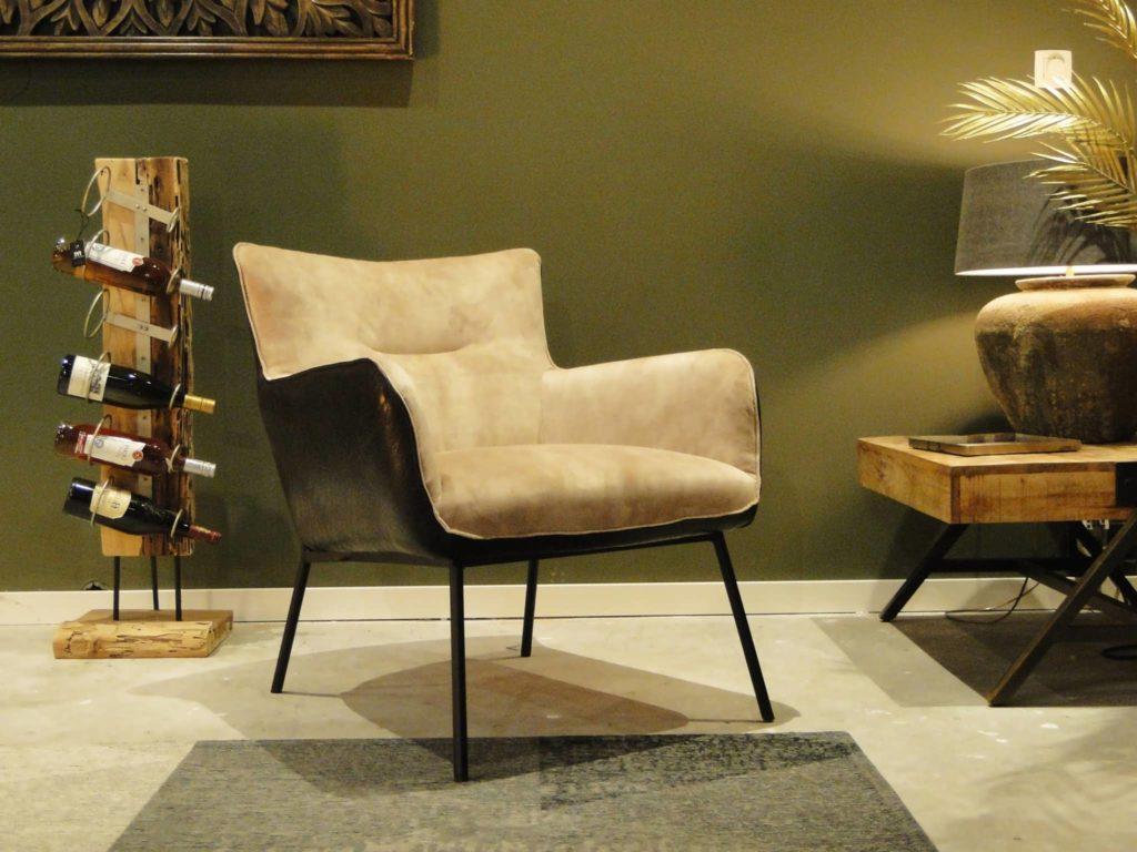 beige fauteuil