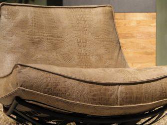 fauteuil met krokodillen leer