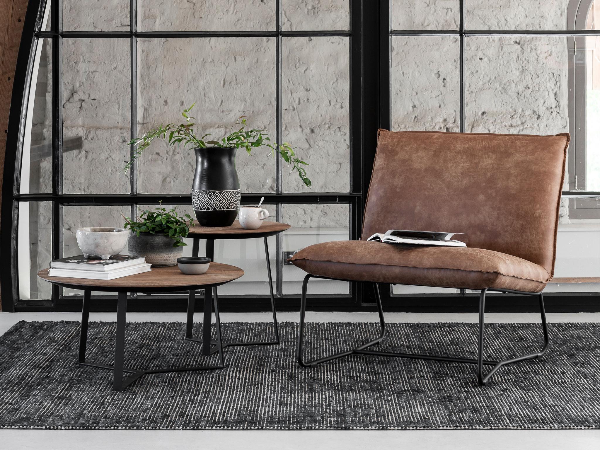 bruine fauteuil