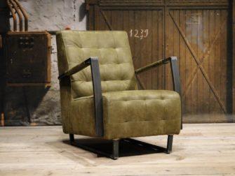 groene stoere fauteuil