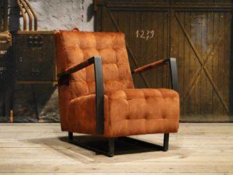 bruine industriële fauteuil