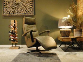 olijfgroene lederen fauteuil