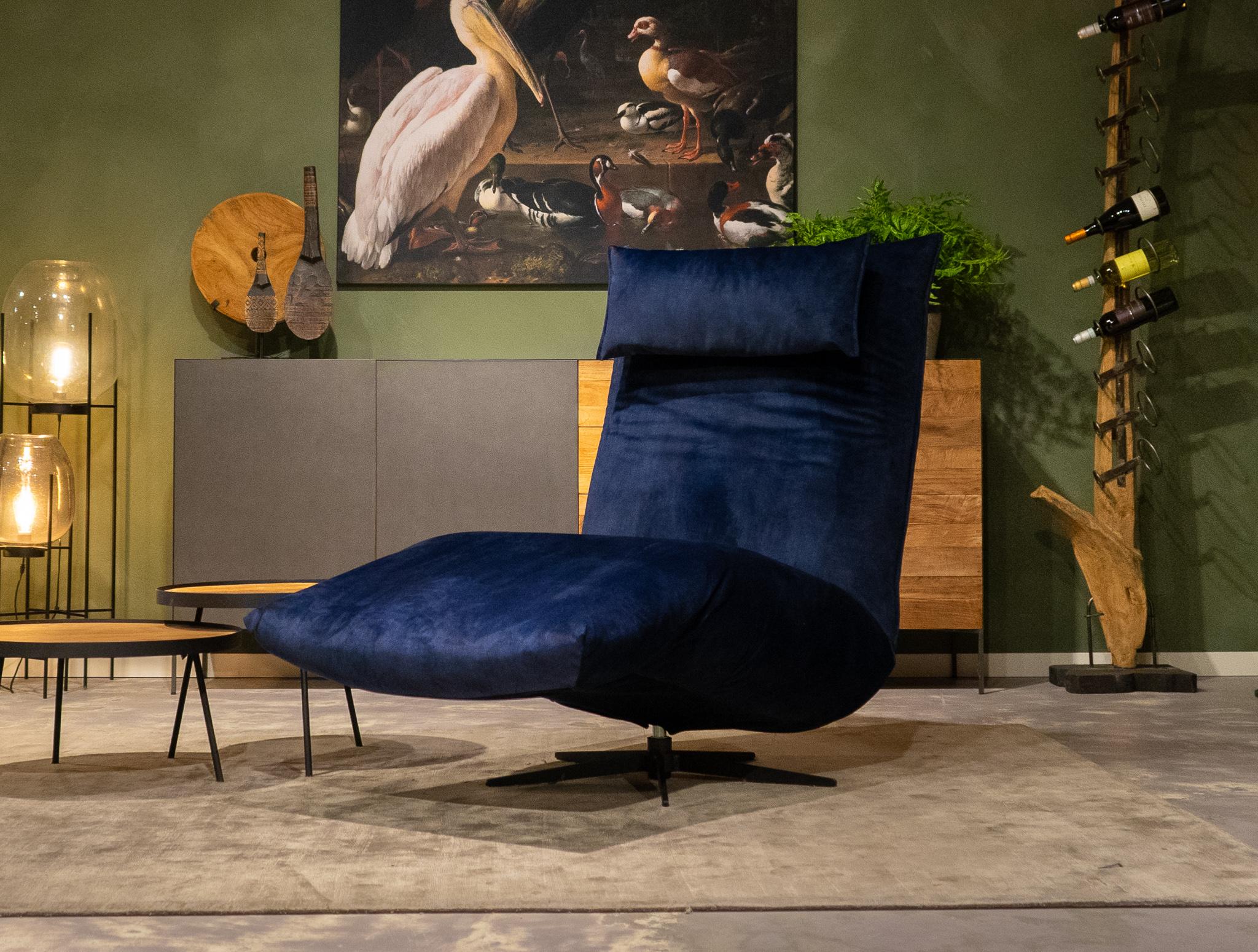 blauwe velvet zetel