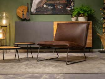 bruine brede fauteuil