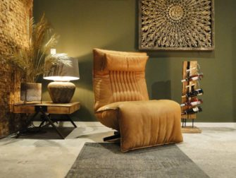 fauteuil met runderleer