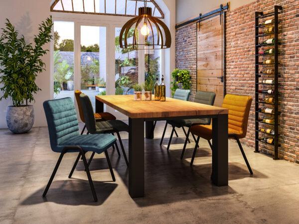 industriele tafel met velvet stoelen