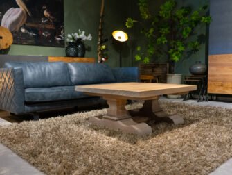 salontafel met kolompoten