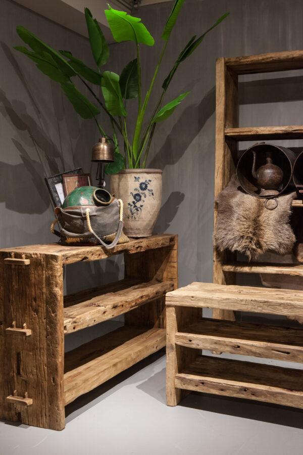 side table van chinees hout