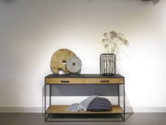 Side table met lades