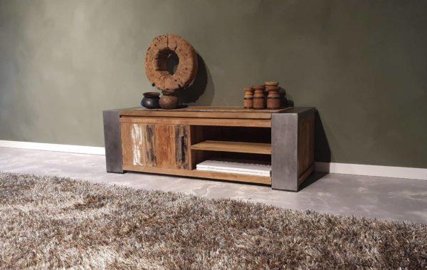industrieel audio meubel