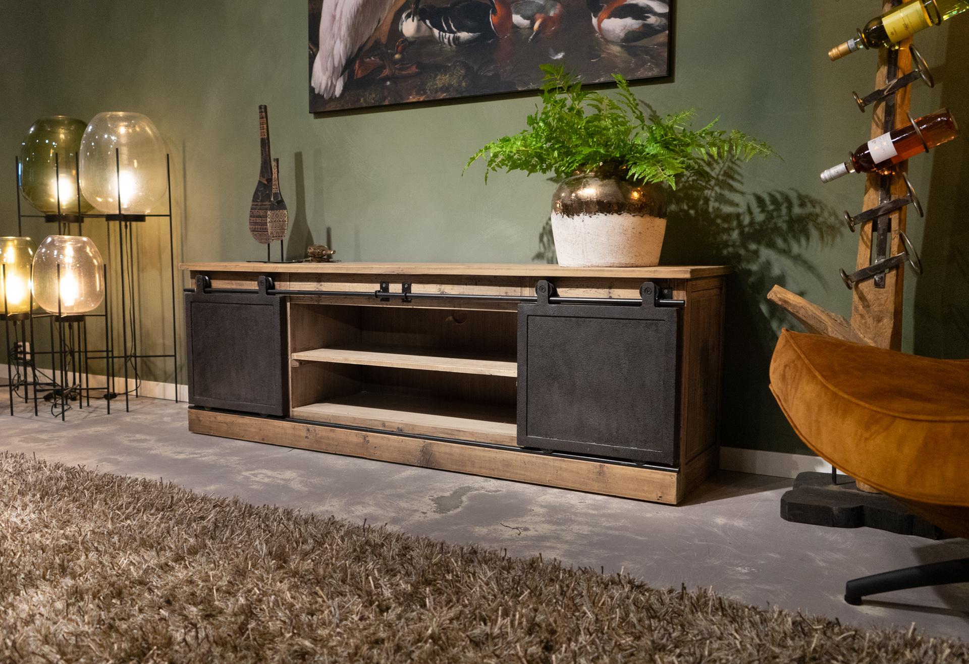 oud houten tv meubel