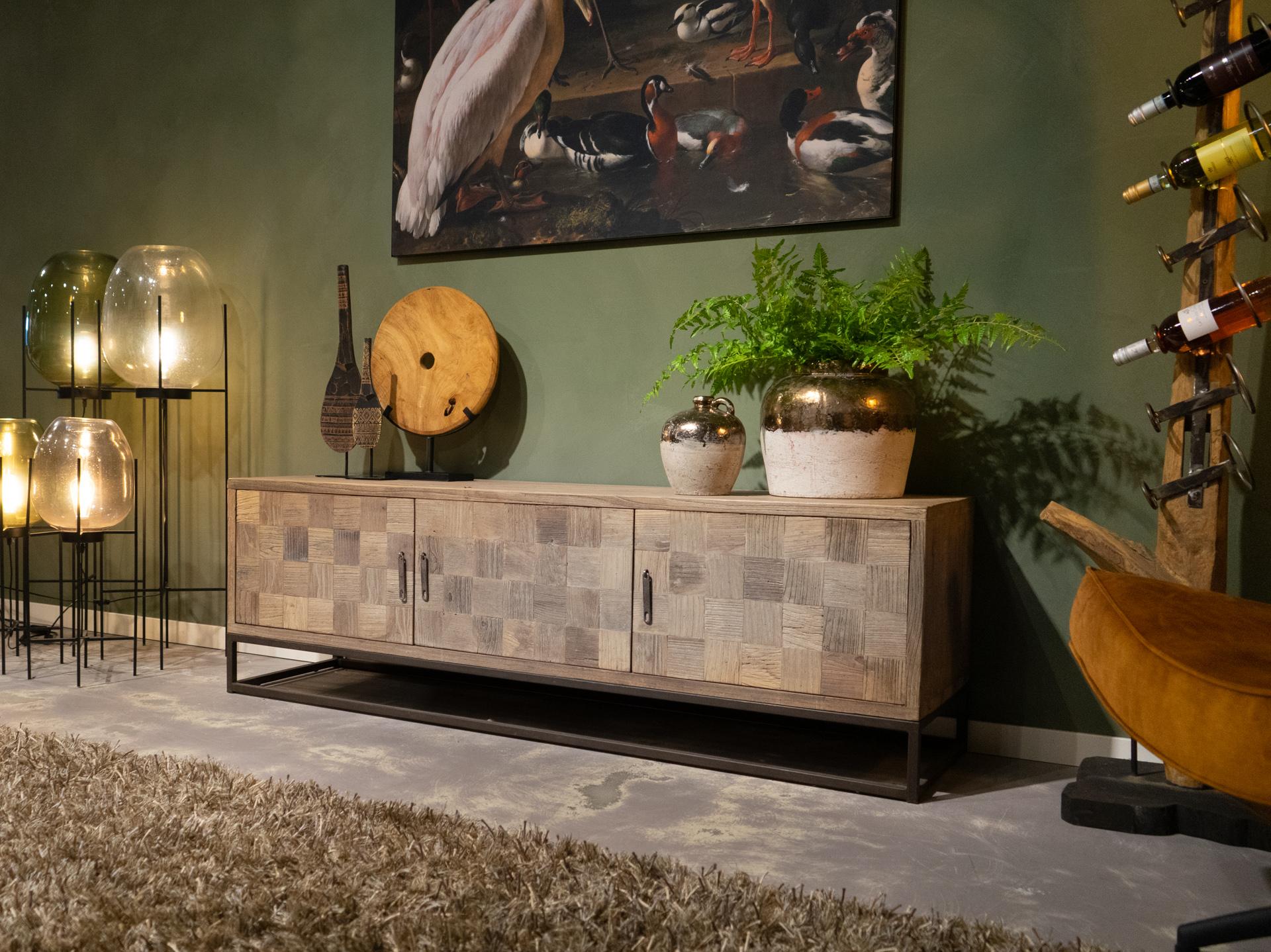Tv meubel met houtinleg