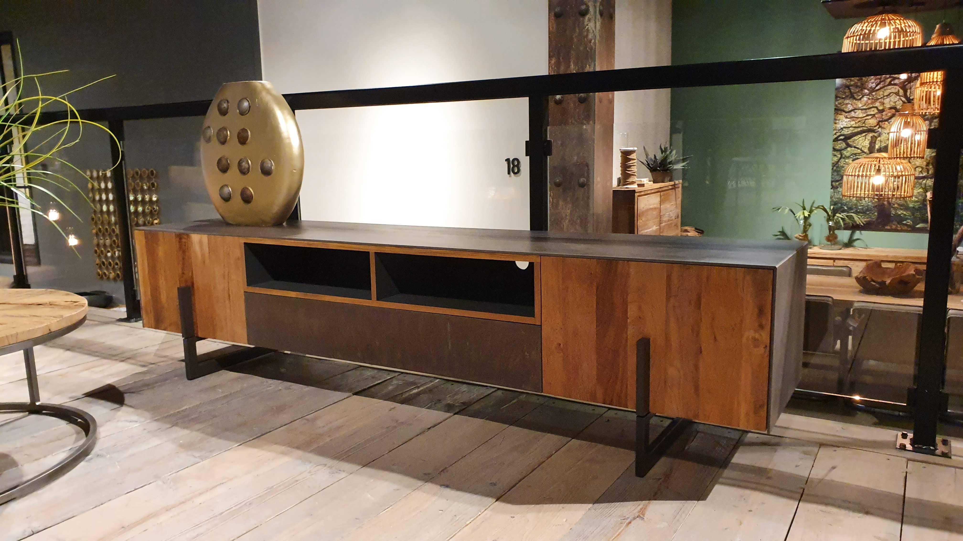 TV-meubel Toulon - 222x45x38cm