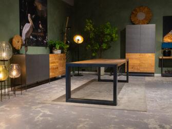 Gelakte tafel