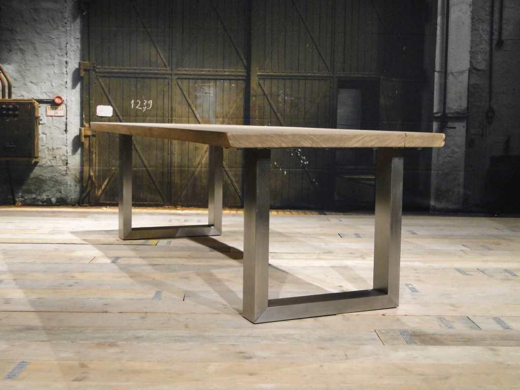 Tafel Onderstel Maken : Balken tafel carpentras rustiek eiken robuustetafels