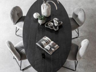 zwarte ovalen tafel