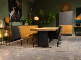 Tafel met massief blad