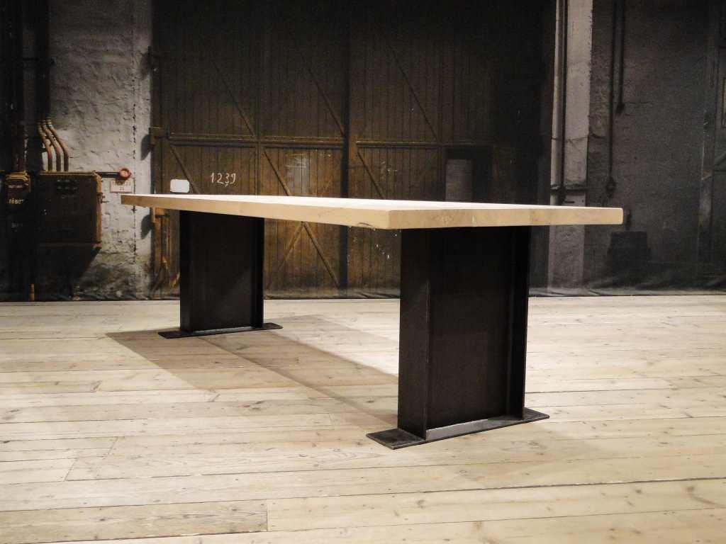 Tafel Opnieuw Lakken : Industriele eettafel magnus massief eiken robuustetafels