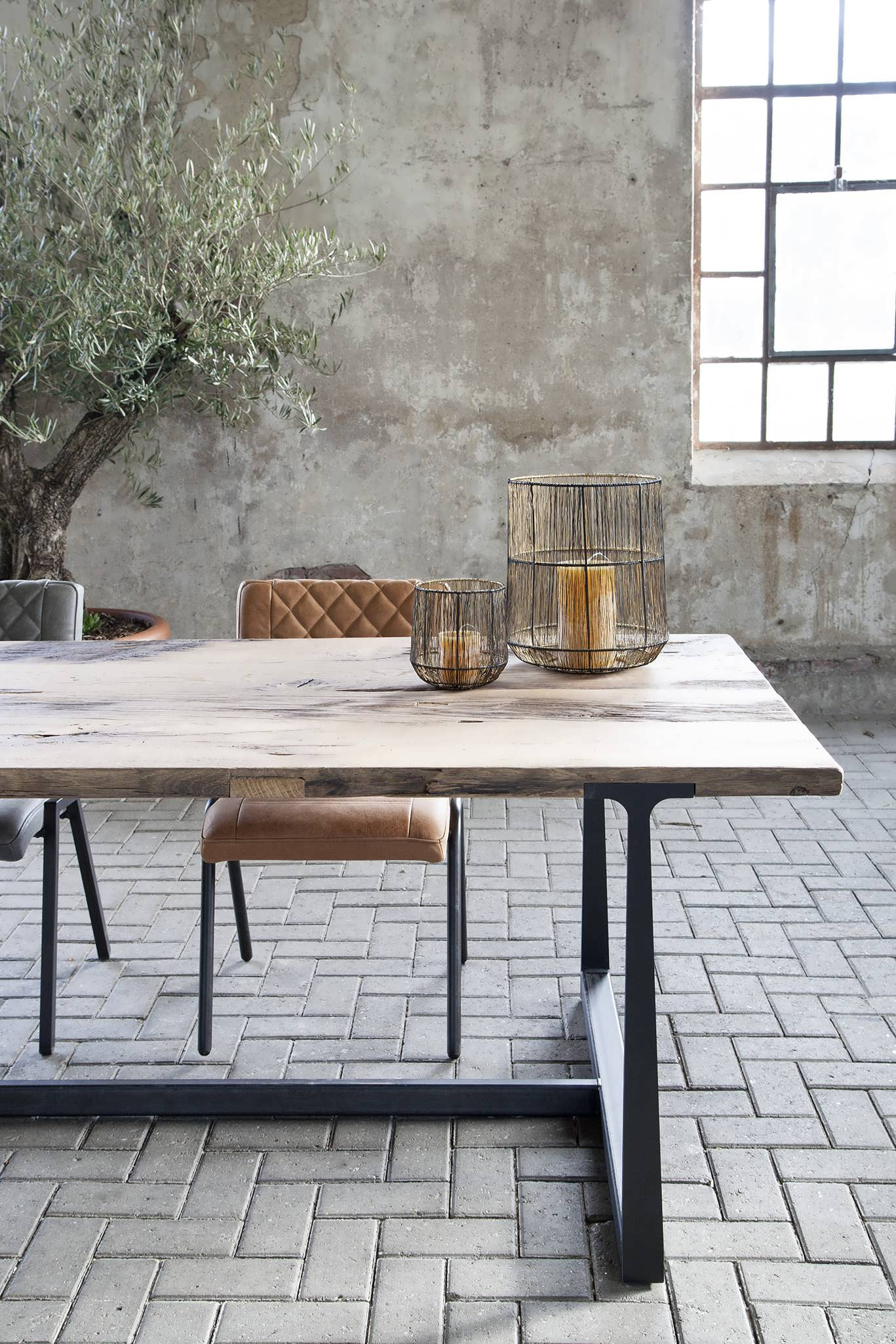 tafel van oud hout
