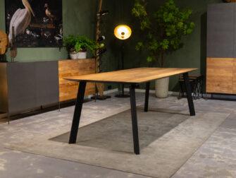 Teakhouten tafel