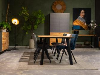 Eettafel voor 6 stoelen