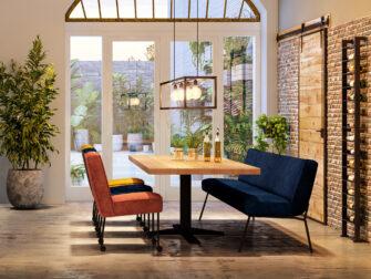 eiken tafel met blauw eetkamerbankje