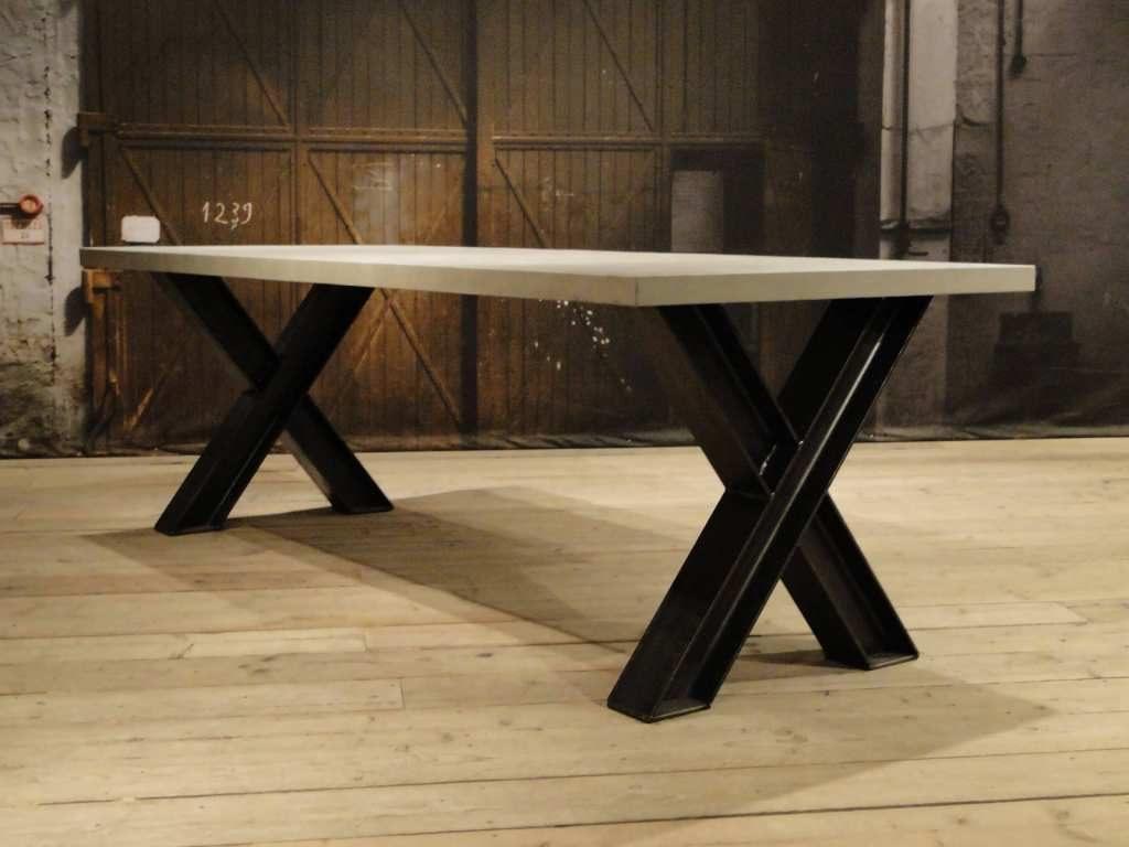 op maat gemaakte betontafel