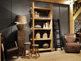 boekenkast oud hout