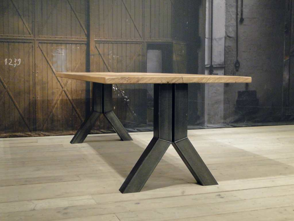 Unieke industriele tafel medici rustiek eiken robuustetafels