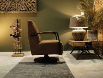 Robuuste stoel op draaivoet