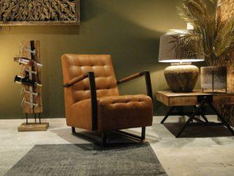 Industriële cognac fauteuil