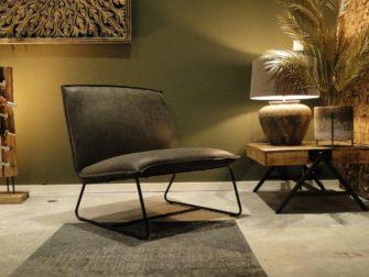 stoere industriële stoel