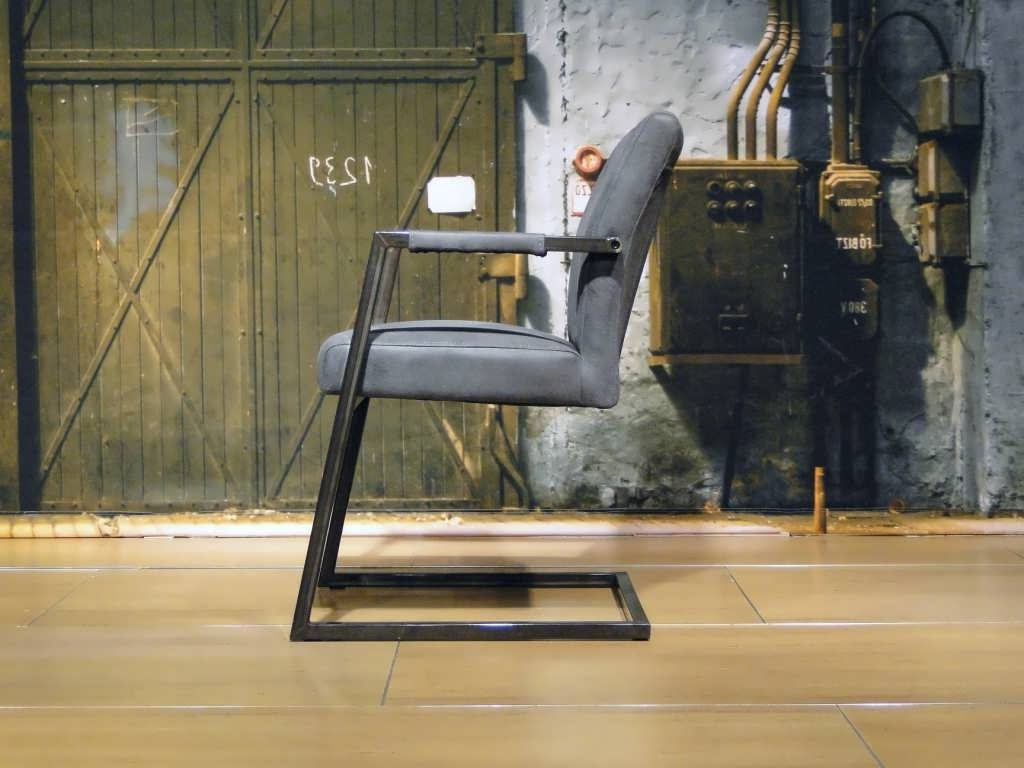 grijze stoel