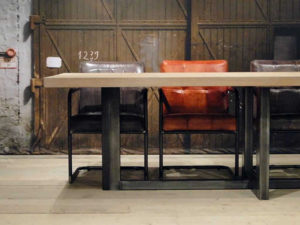 Eiken maatwerk tafel orvieto massief eiken robuustetafels
