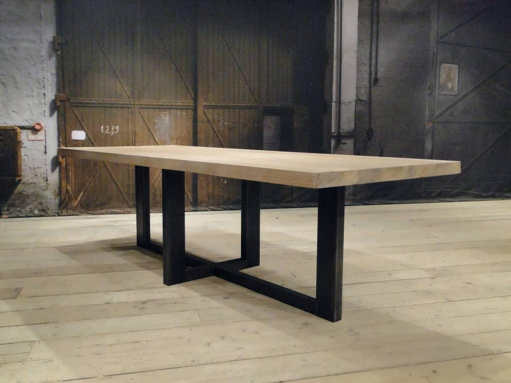 Zwarte Eetkamer Tafel.Orvieto Eettafel In Elke Gewenste Maat Robuustetafels Nl