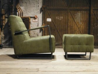 industriele fauteuil met hocker groen