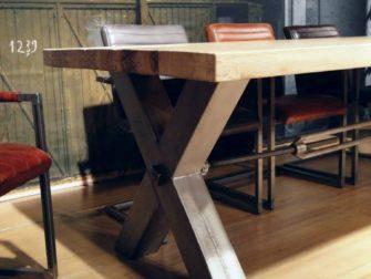 stalen kruispoot tafel bastia