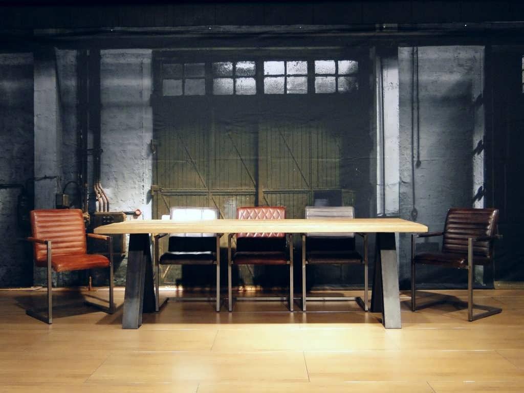 industriele houten tafel