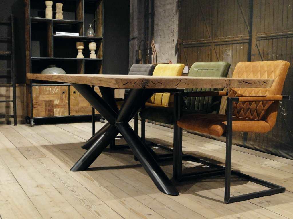 Industriele Tafel Eettafel.Avignon Eettafel
